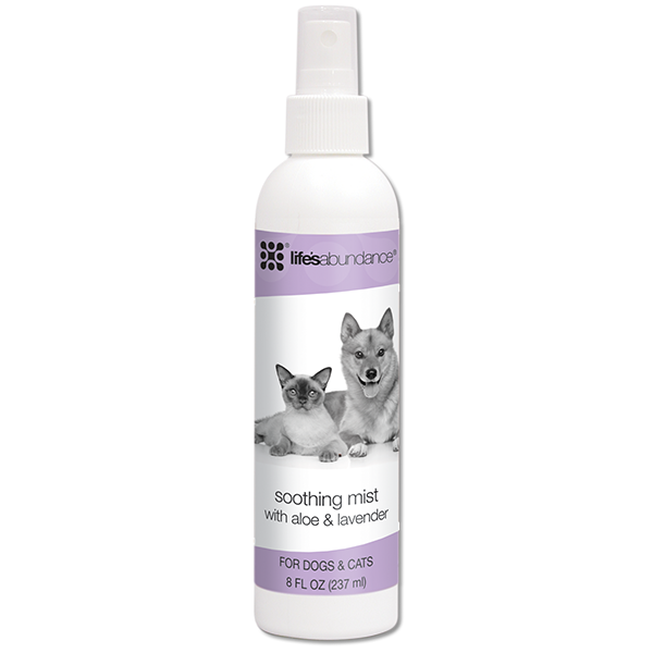 Soothing Mist with zinc and a calming blend of aloe vera gel, marigold, lavender and chamomile to nourish and soothe irritated skin of dogs and cats. Suitable for puppies and kittens over 12 weeks of age.   From Life's Abundance in USA.